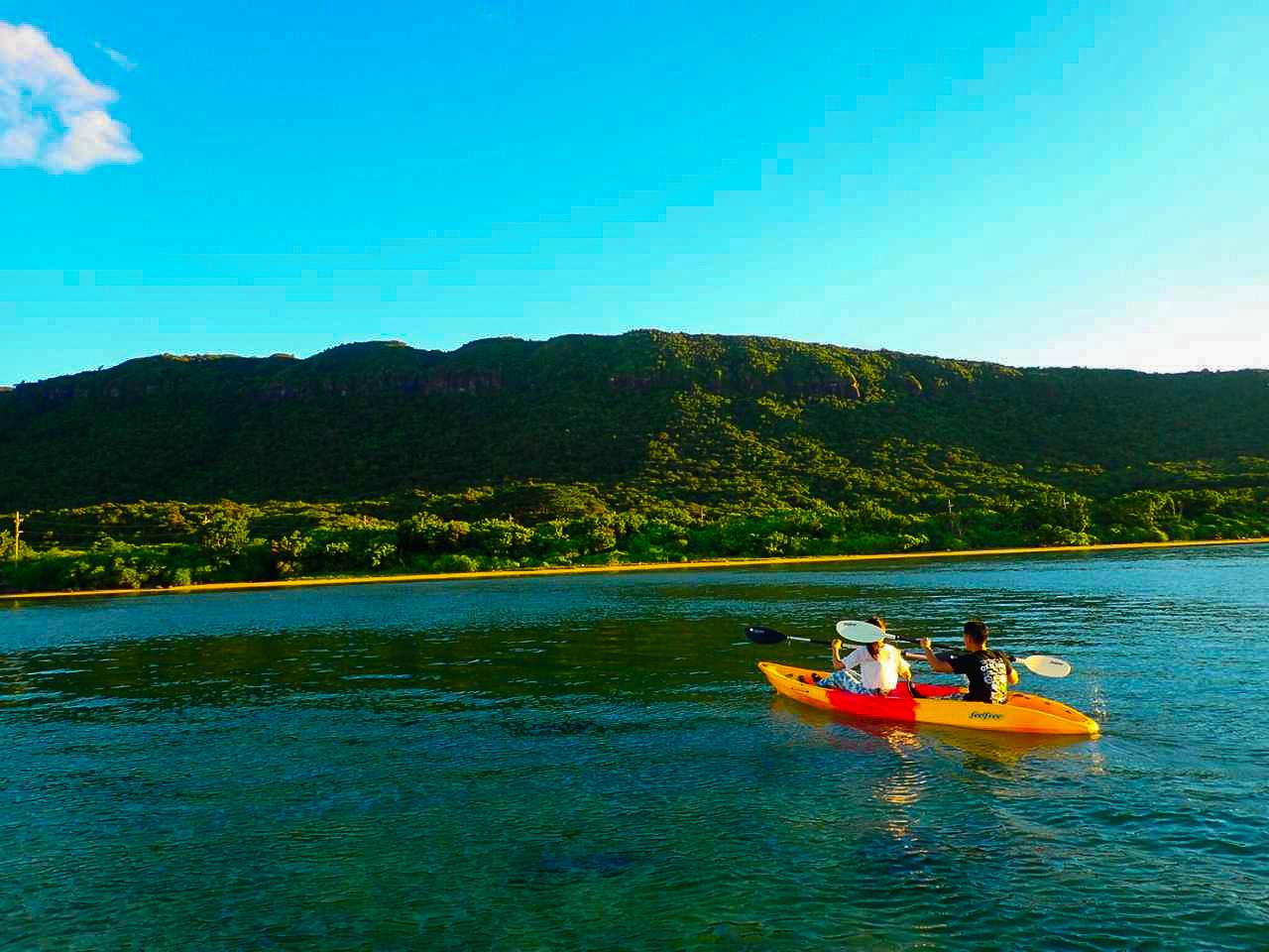 川平湾でのカヌー体験