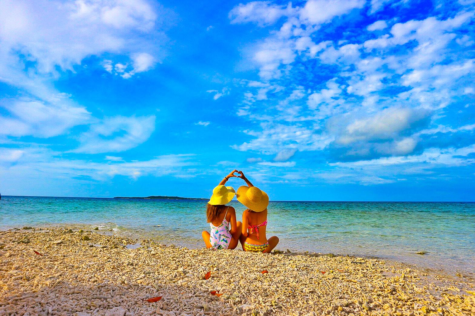 奇跡の島バラス島で記念撮影
