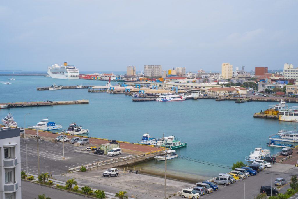 レンタカーを返す石垣港離島ターミナル周辺