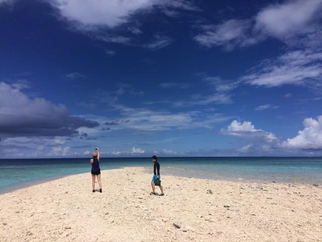 石垣島から日帰りで西表島奇跡の島へ向かうアクティビティ