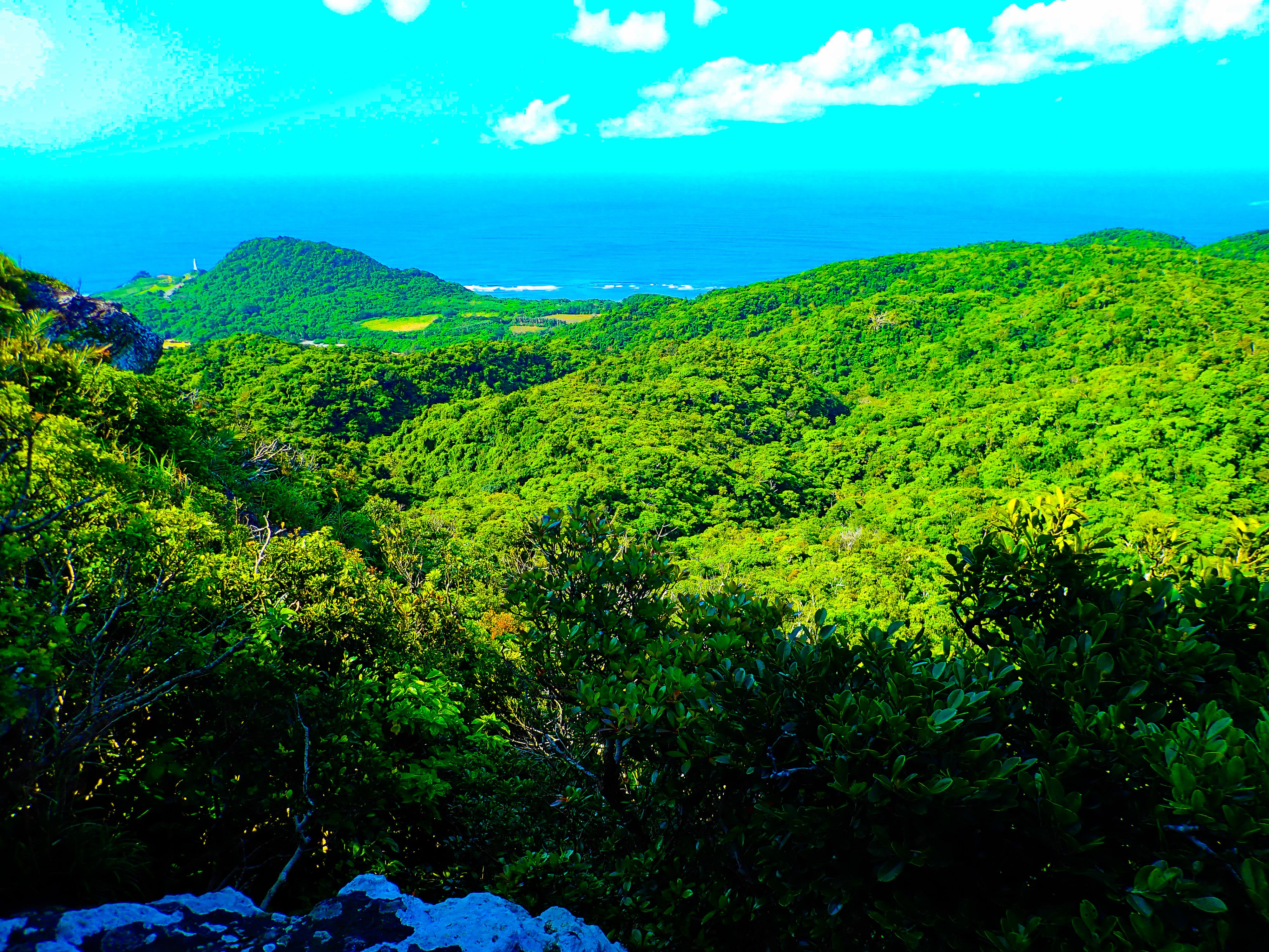 山頂からの絶景が素晴らしいトロルの舌