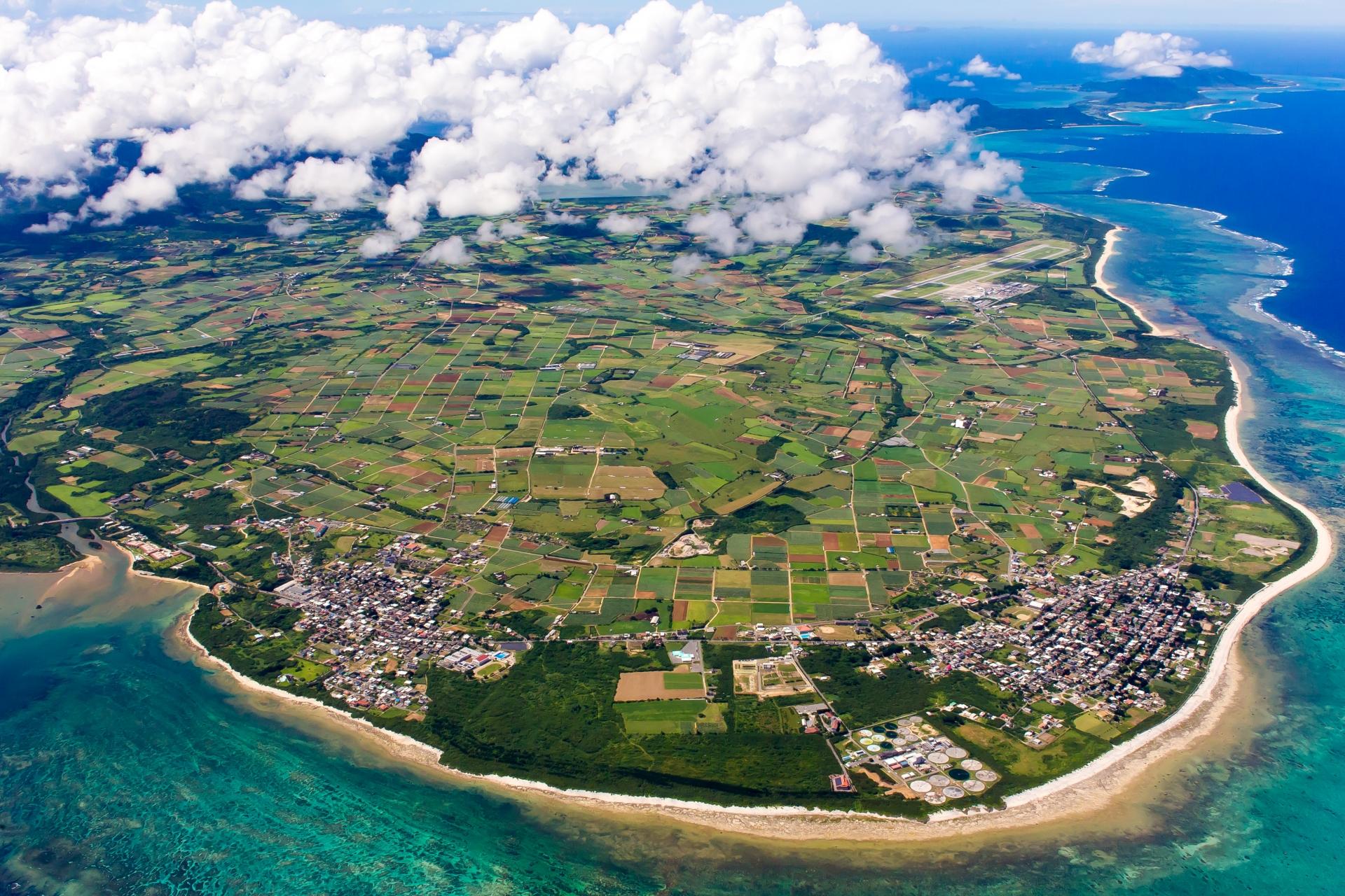 石垣島上空からの写真