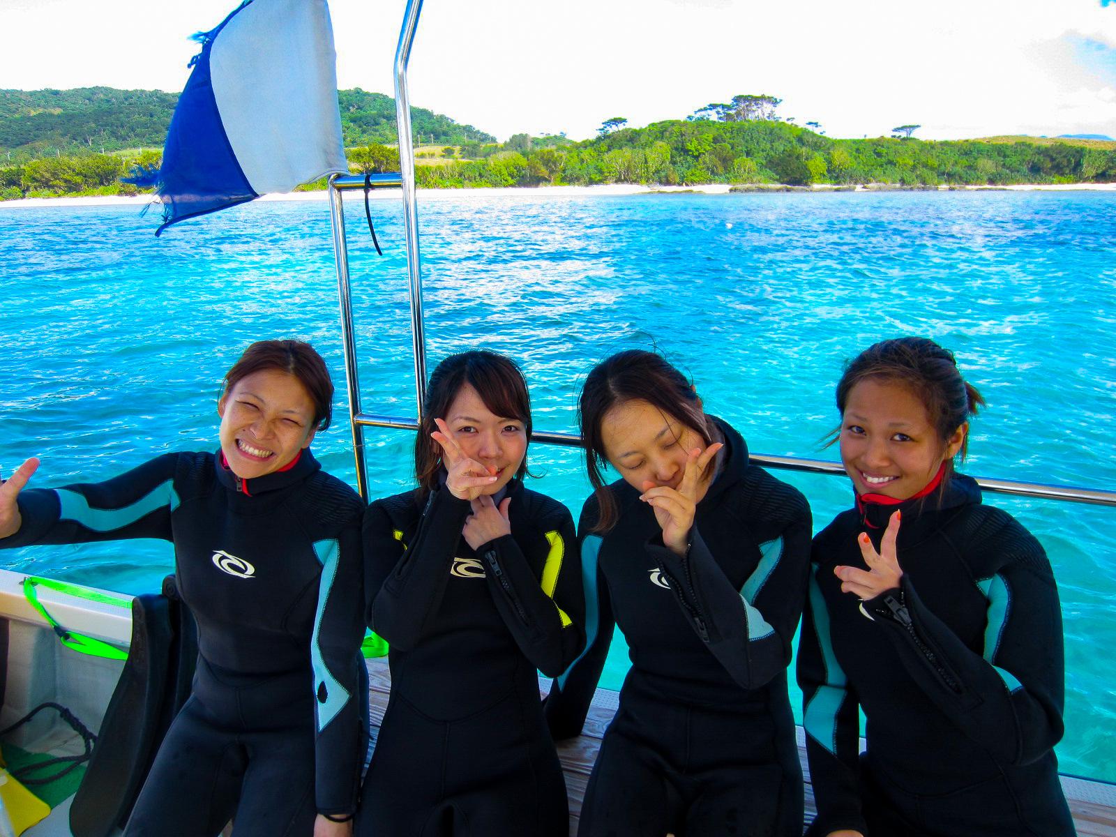 女子旅でみんなで体験ダイビングに参加