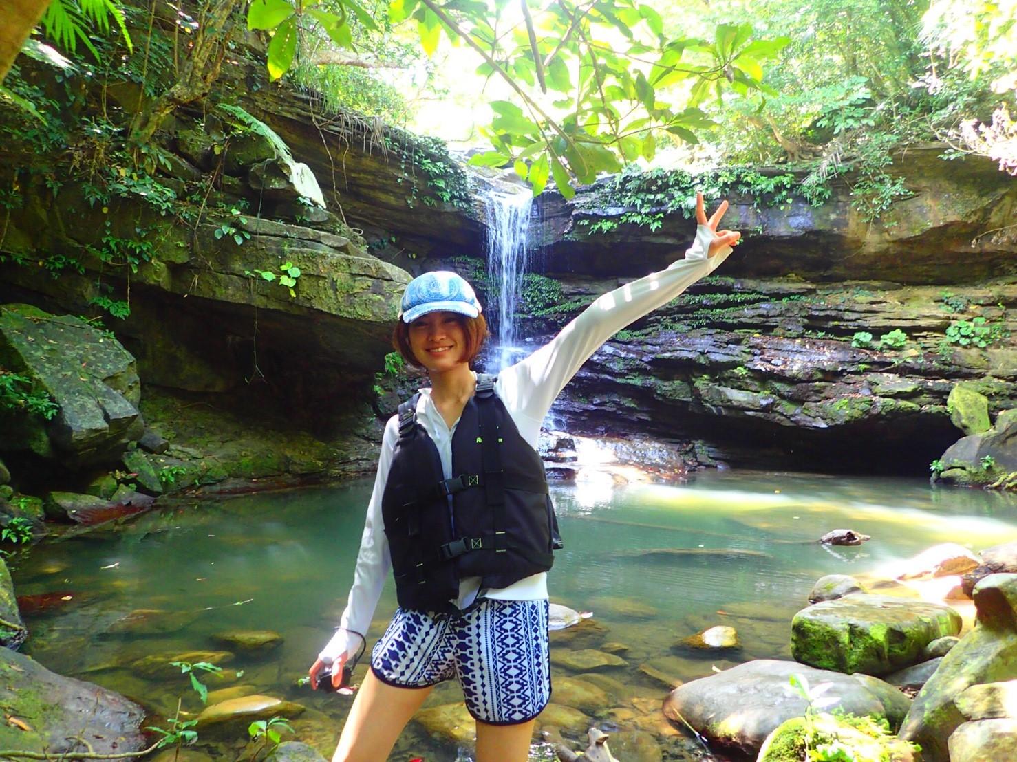 ジャングルの奥地にあるクーラの滝