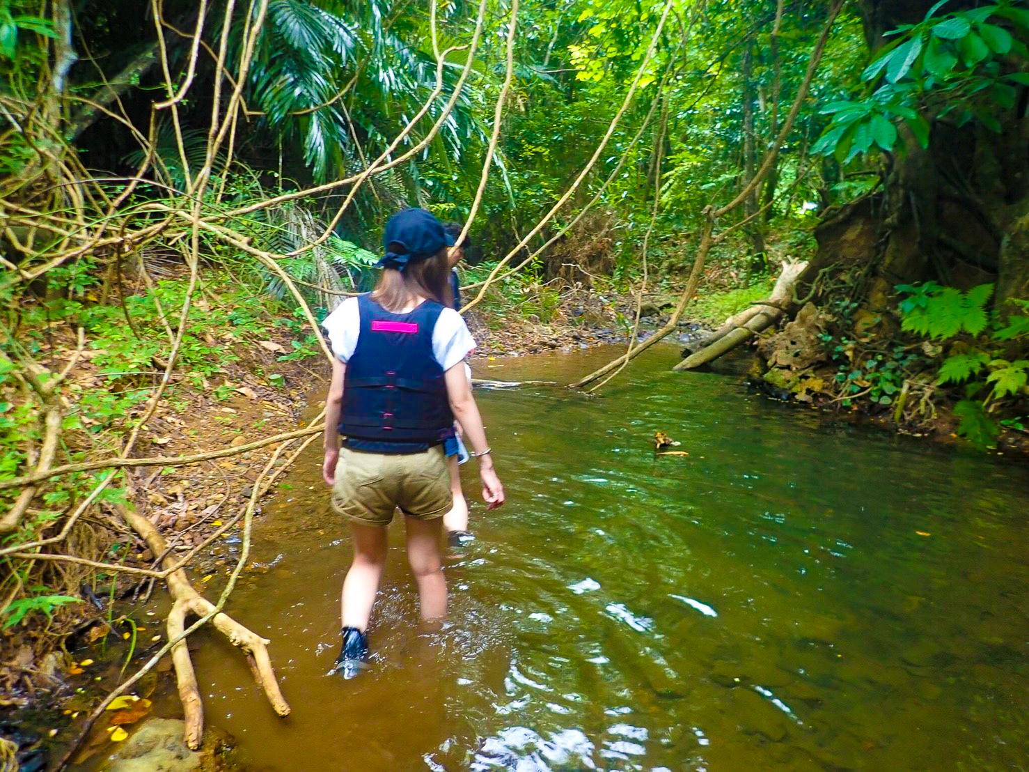女子旅で吹通川トレッキング