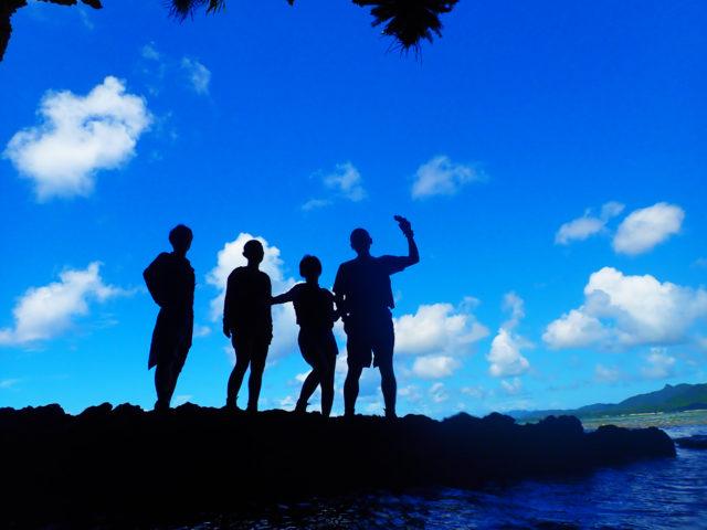 青の洞窟シュノーケリング、友達と、青空
