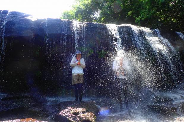 西表島の秘境地サンガラの滝