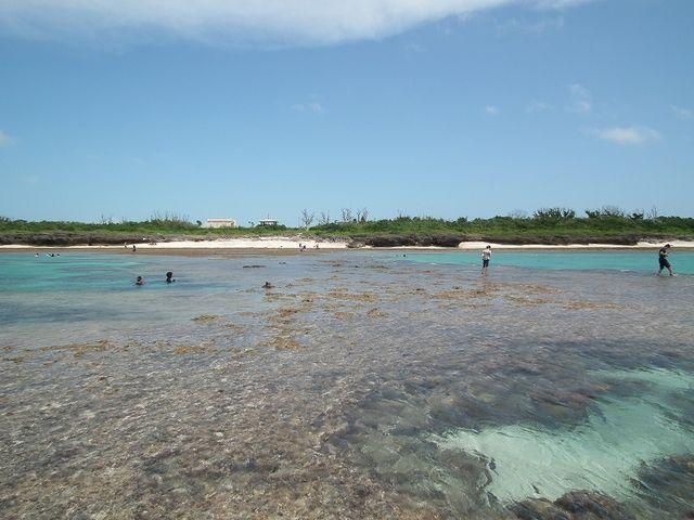 黒島を代表するビーチ仲本海岸