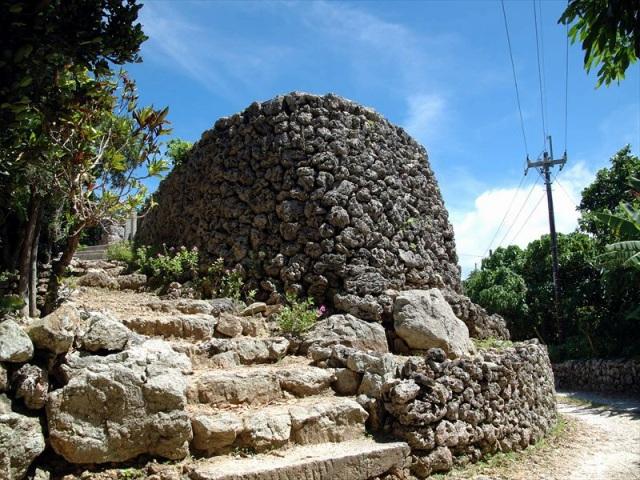 黒島の烽火を上げていたプズマリ