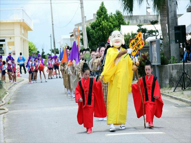 6月に開催される西表島の上原デンサー祭り