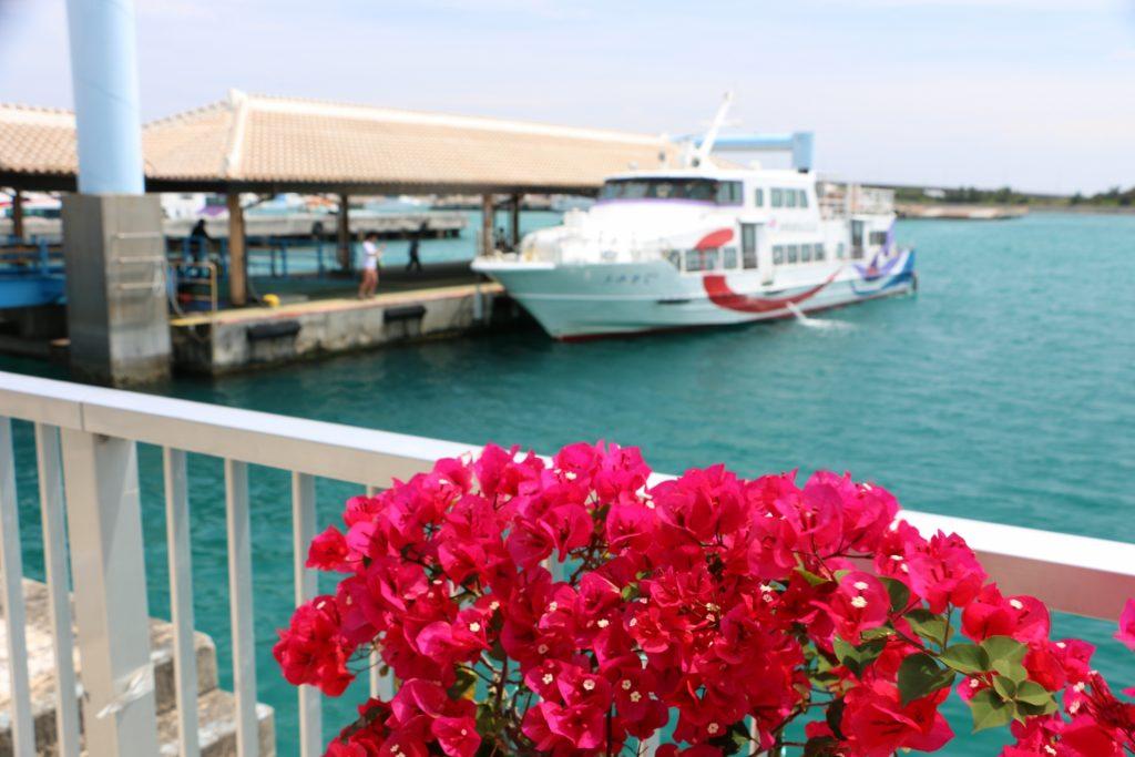 石垣島から西表島へ向かう高速船