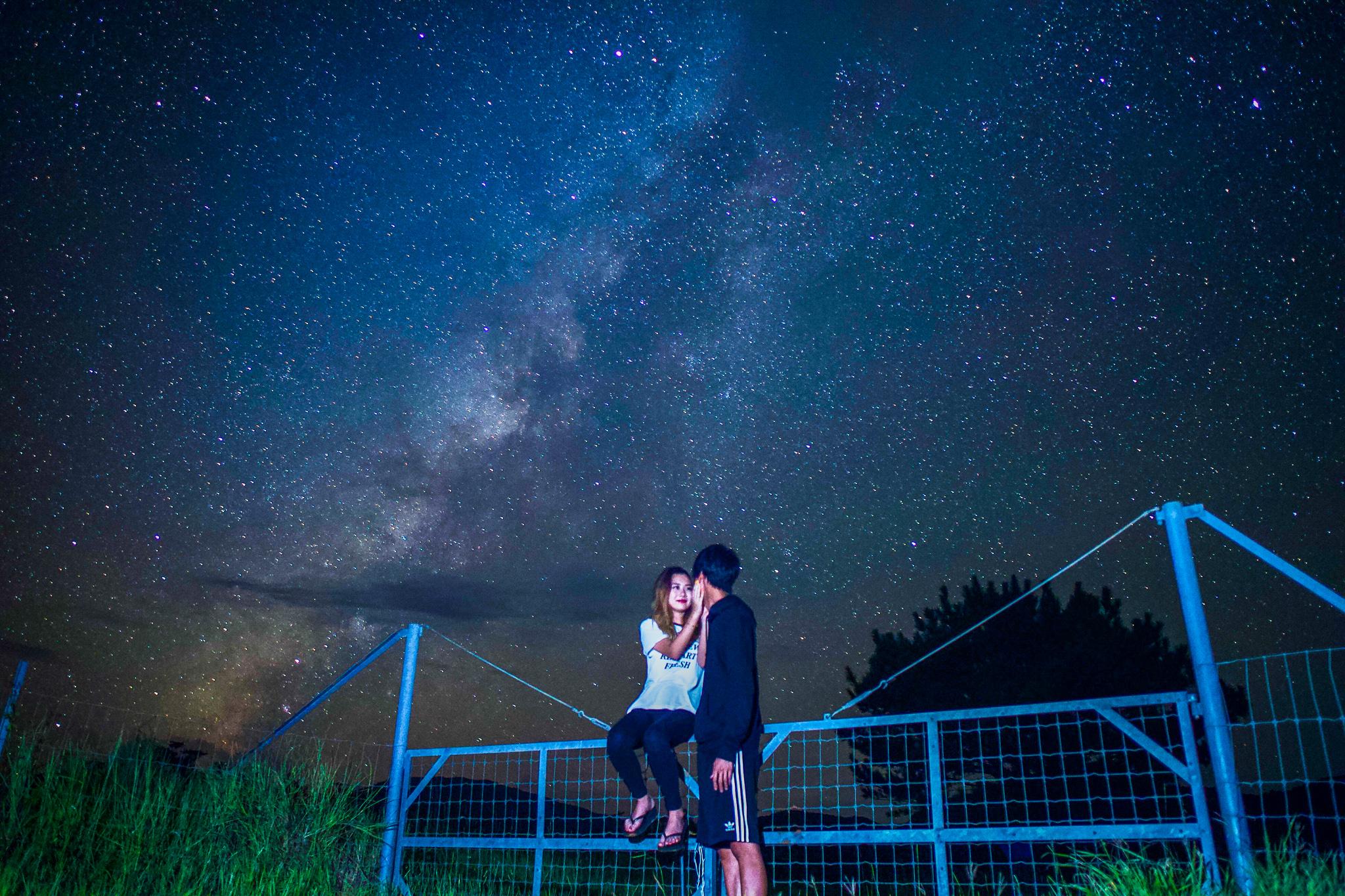 南十字星の見える12月の石垣の夜空
