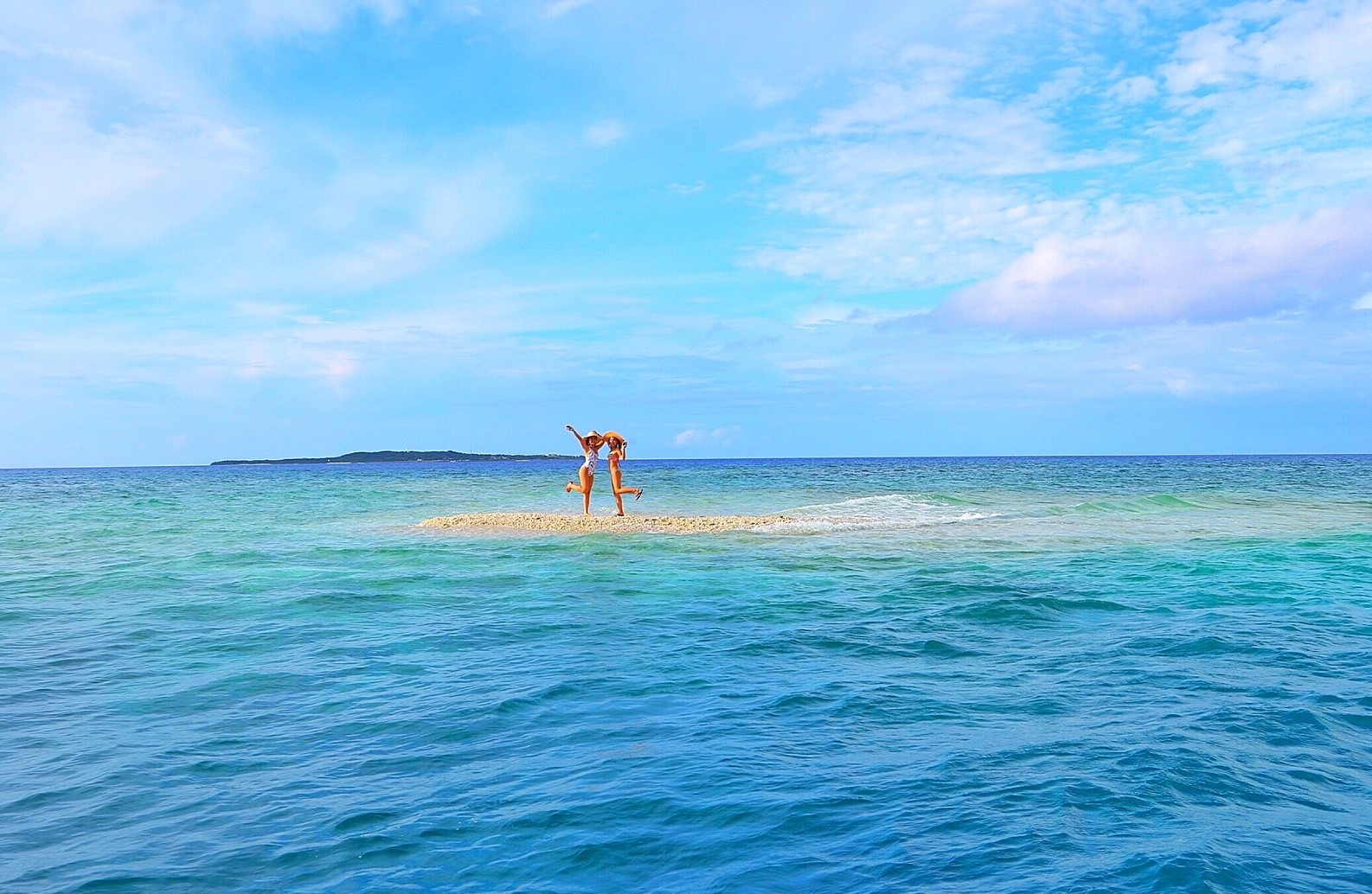 西表島近くのサンゴの島バラス島