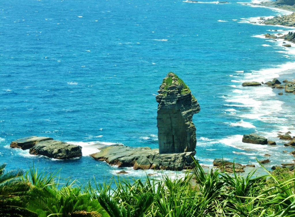 与那国島のシンボル立神岩