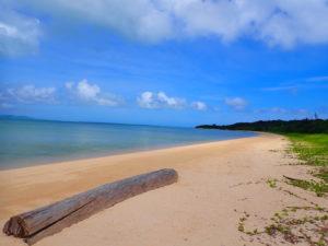 トゥマルービーチ
