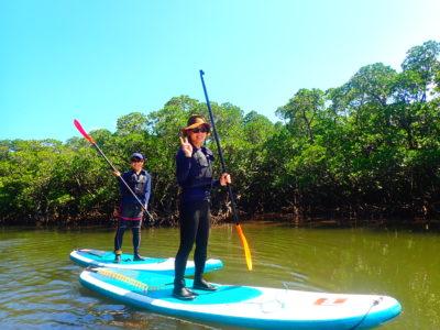 石垣島、吹通川マングローブSUP,友達と
