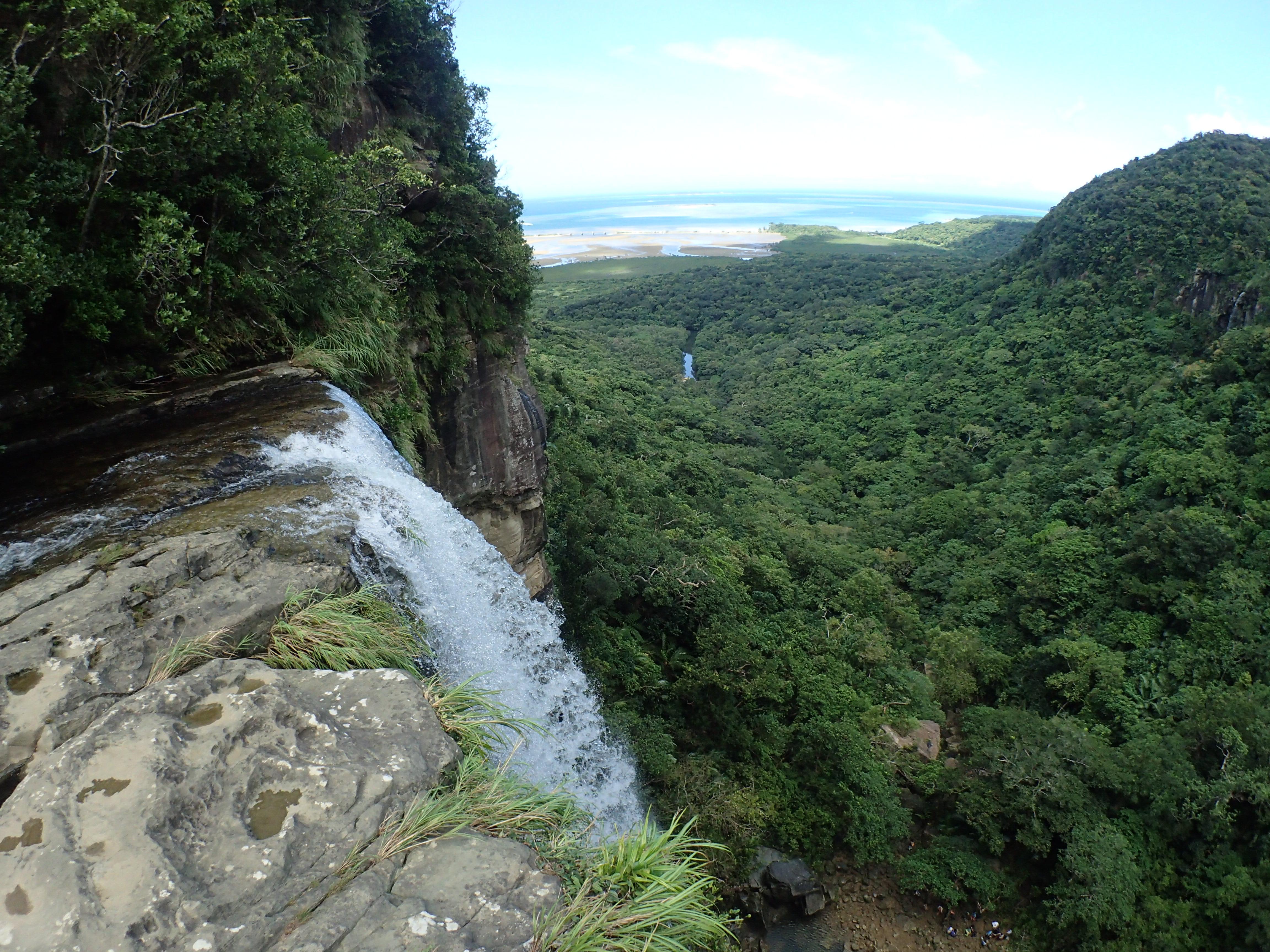西表島でNo.1の見所のピナイサーラの滝