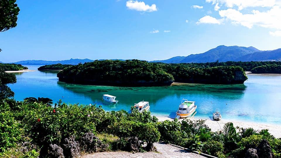 世界的な景勝地である川平湾