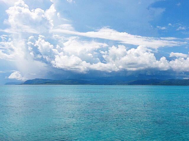 石垣島周辺の海