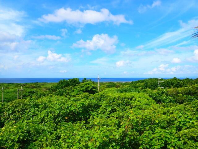 鳩間島灯台 景観