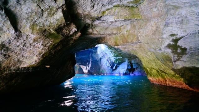 西伊豆 青の洞窟