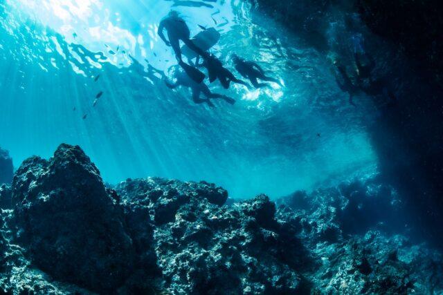 沖縄本島 恩納村 青の洞窟